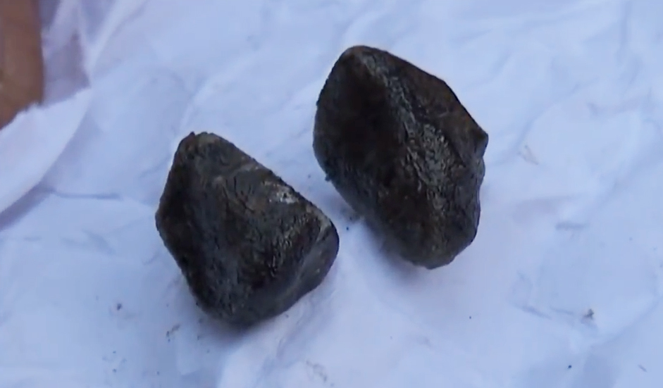 Supposed meteorites that fell in Bingöl / Image credit: İlke Haber Ajansı İLKHA