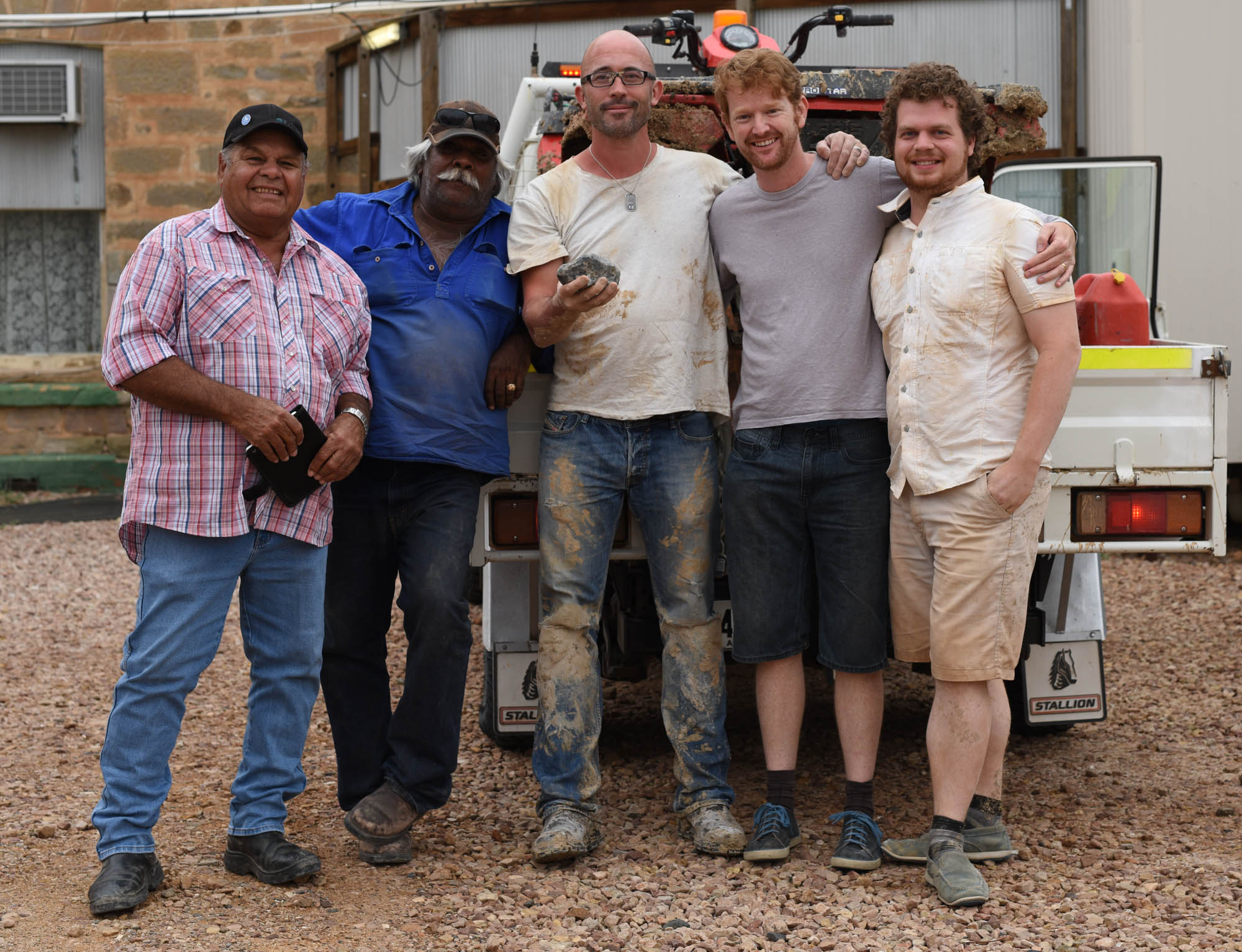 The search team and their find in front of Marree Hotel (left to right: Dean Stuart and Dave Strangways, Professor Phil Bland, Dr Jonathan Paxman and Robert Howie) / photo: DFN
